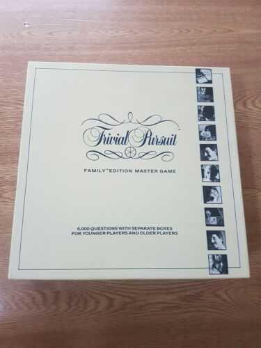 Vintage 1988 Trivial Pursuit, Parker. Great Condition!
